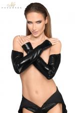 Gants longs faux cuir et wetlook F197 : Gants longs style mitaines, un fourreau noir à offrir à vos bras.
