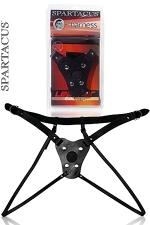 Gode ceinture Double Strap : Grâce à ses 2 sangles de cuisses , le port de ce gode ceinture en cuir laisse votre intimité accessible.